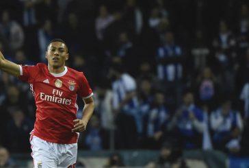 Benfica slap eye-watering fee on Manchester United target Carlos Vinicius