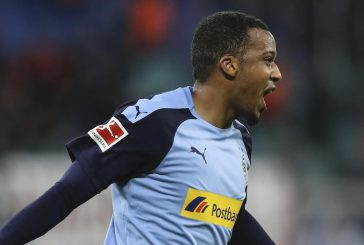 Borussia Moenchengladbach's Alassane Plea scouted by Manchester United