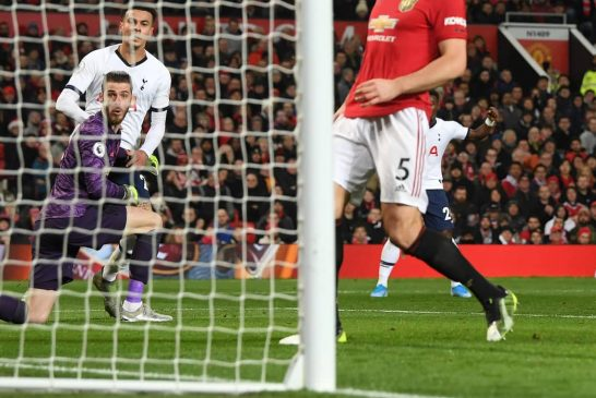 David de Gea picks up where he left off, costing Manchester United points