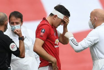 Manchester United fans lament poor performance in FA Cup semi-final