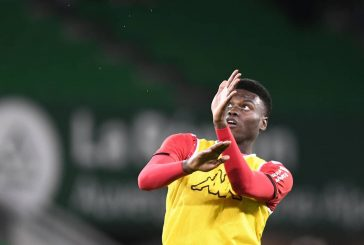 Benoit Badiashile linked with Manchester United move