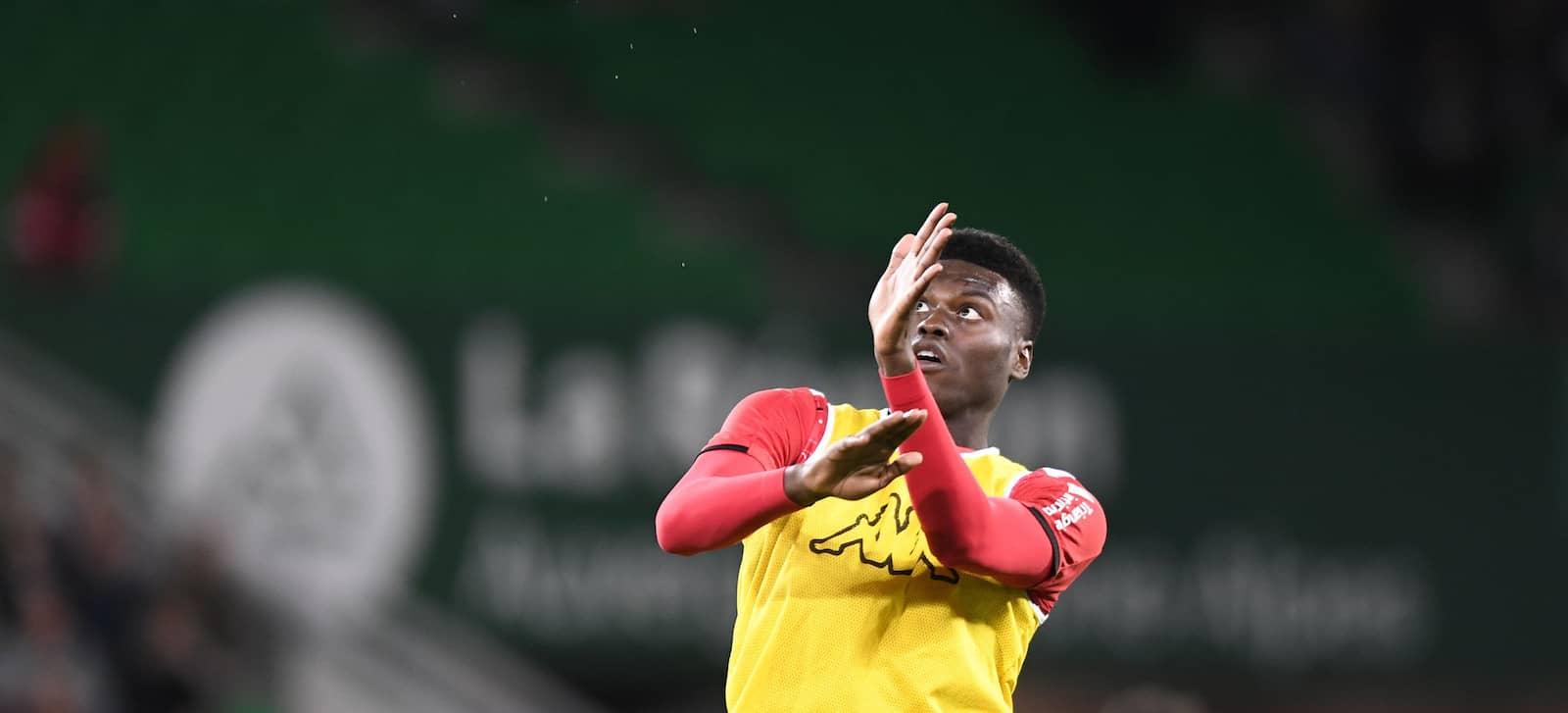 Manchester United approach AS Monaco over Benoit Badiashile