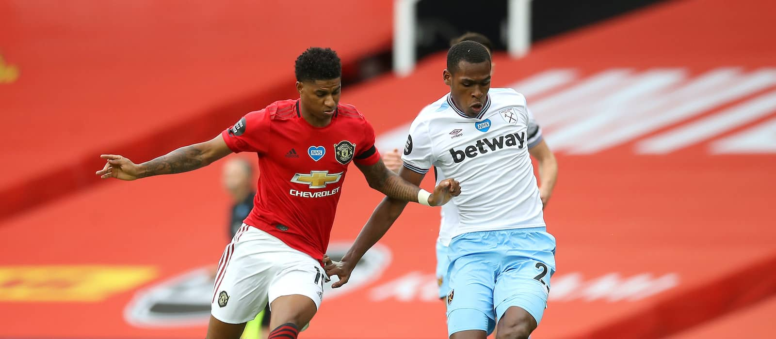 West Ham star Issa Diop available for sale amid Manchester United interest