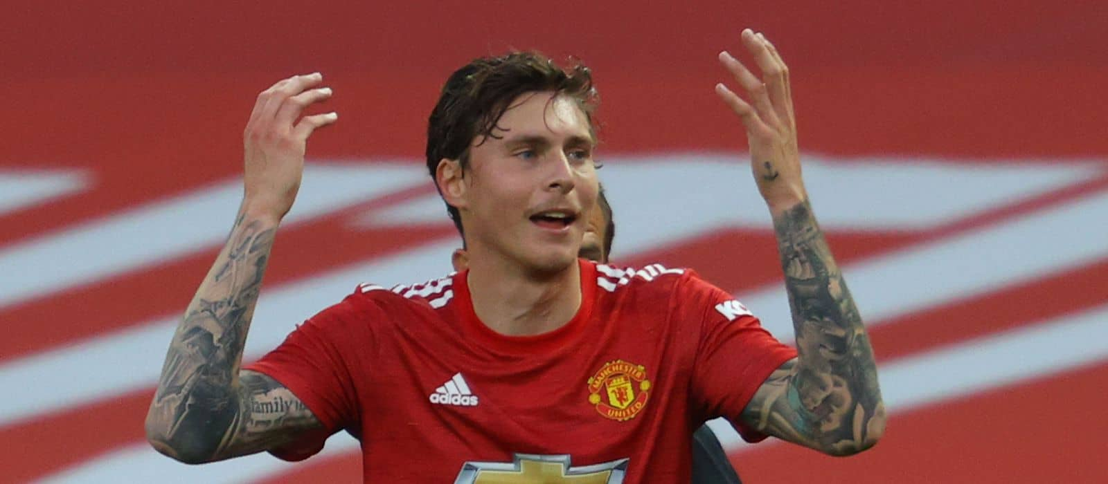 Manchester United fans stunned by Victor Lindelof's performance vs Crystal Palace