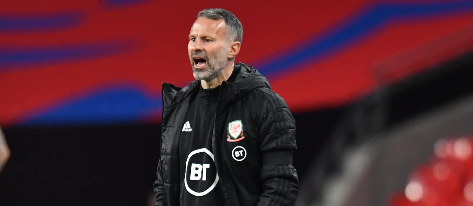 Ryan Giggs could be next Man United manager, says Mark Hughes