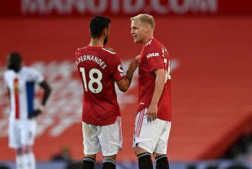 Manchester United star Donny van de Beek's rumours prove false