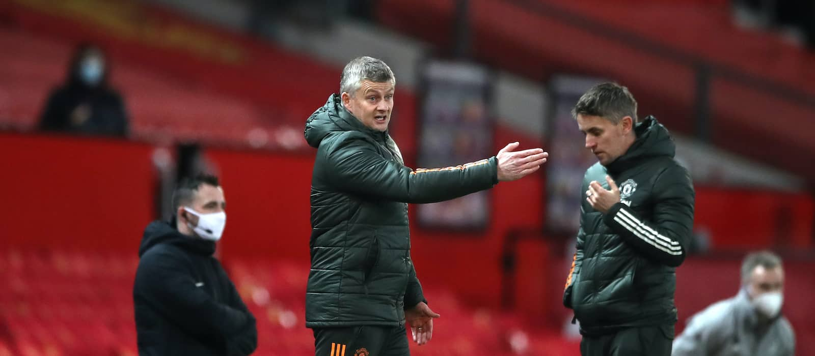 Manchester United crush Leeds United in record-equalling win