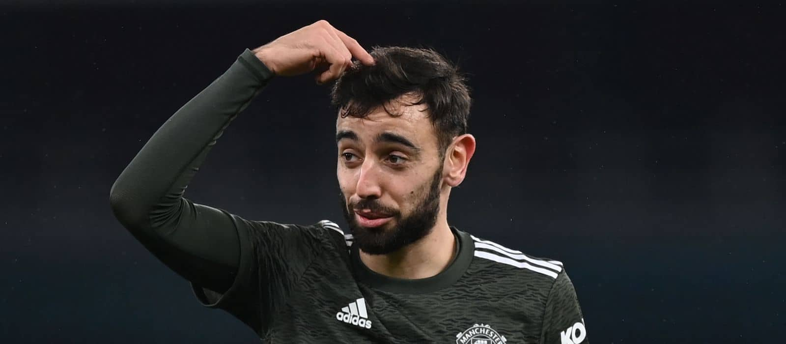 Bruno Fernandes: Man United already three months into talks to extend contract