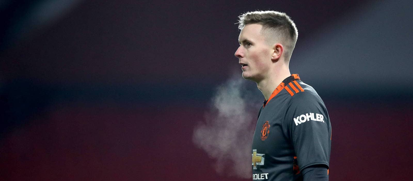 Dean Henderson's sixth clean sheet puts pressure on the manager